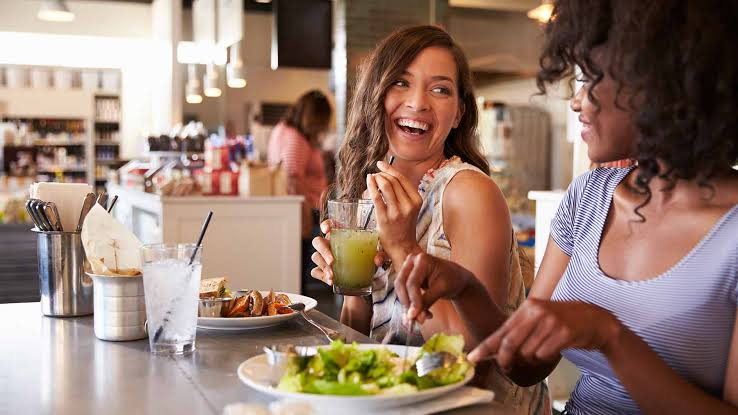 AFRAID OF DINING OUT WHILE TRYING TO LOSE WEIGHT?